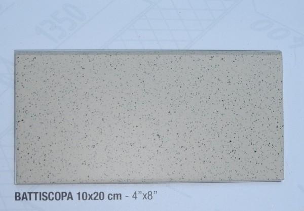 Sockel zu Gewerbefliese Beige Mix 20 x 10 cm
